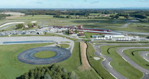 2 bonnes raisons d'adopter le circuit de Bresse pour vivre sa passion des autos